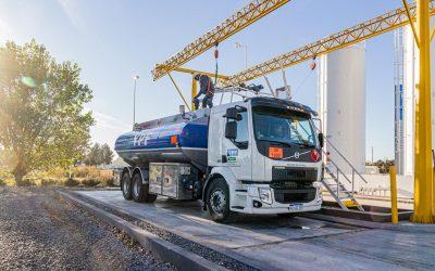 Nueva unidad VOLVO VM + Cisterna DANES 18.000L